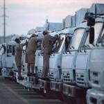 Ciężarówki w konwoju z Rosji na Ukrainę, czyli Kamazy, jeszcze więcej Kamazów, trochę zdjęć i informacji