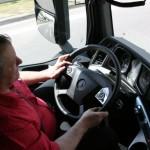Czy wytrawny kierowca potrafi zastąpić tempomat rozpoznający topografię terenu? Podobno nie…