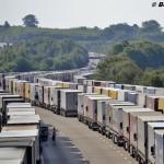Francuzi grożą zablokowaniem portu w Calais – firmy z wybrzeża żądają opanowania imigrantów