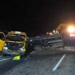 Jedna polska laweta została załadowana na drugą, ciężar źle się rozłożył i doszło do wypadku
