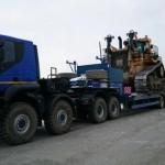 Ciągnik siodłowy Iveco Trakker 8×8, mogący ciągnąć 115-tonowe naczepy i mający przy tym jedynie 450 KM