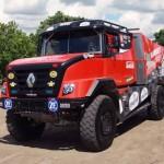 Renault na prowadzeniu w rajdzie Dakar 2017, kolejny jest Kamaz, natomiast De Rooy jedzie czwarty