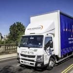 Brytyjska firma zachwala hybrydę – jej 7,5-tonowa solówka spala poniżej 12 l/100 km na krótkich trasach