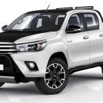 Toyota Hilux ma nową najbogatszą wersję Selection, która jest dwukolorowa i ma liczne opcje