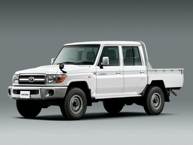 toyota_land_cruiser_pickup_j70