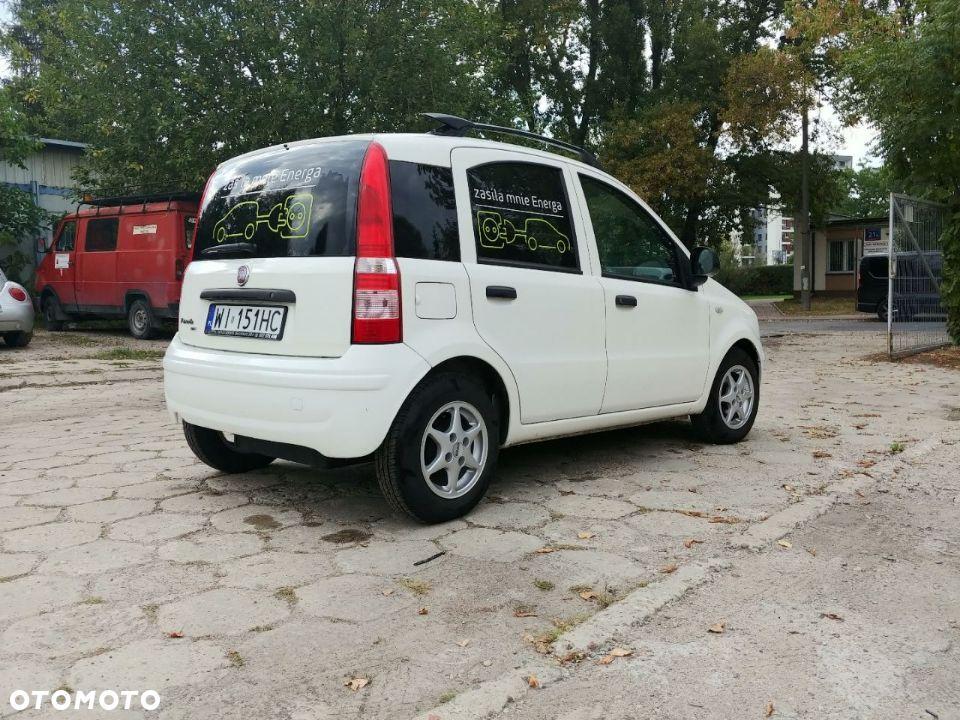 Masywnie Malutki, elektryczny dostawczak za 20 tys. złotych - to Fiat Panda KU43