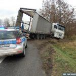 """Wysłali ciężarówki na przeładunek pod okiem policji – jedną na oleju opałowym, drugą z """"wyłącznikiem"""""""