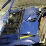 Wjechał pod wiadukt z oznaczeniem 2,9 metra – kierowca polskiej ciężarówki został ciężko ranny