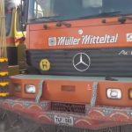 Jak w Pakistanie przedłuża się ramy, tuninguje ciężarówki, naprawia opony i montuje zabudowy?