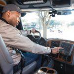 Tachografy nie zmniejszyły liczby wypadków, ale za to skłaniają do łamania przepisów ruchu drogowego