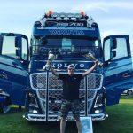 Ciężarówka z Jakucji przyjechała na fiński zlot – 11 tys. kilometrów w jedną stronę za kierownicą Volva FH16
