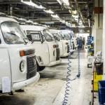 """Volkswagen T2 może wrócić do produkcji – brazylijski rząd chce objąć """"ogórka"""" wyjątkiem w prawie"""